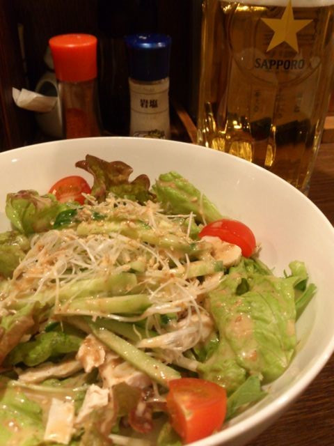 Salad_and_beer