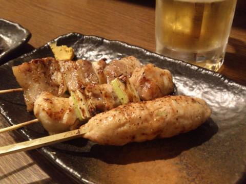 Skewers_three_and_beer