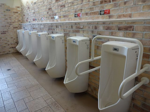 Hana_road_eniwa_toilet