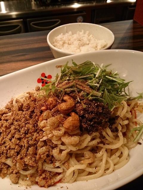 Kingmaara_bamboo_noodles