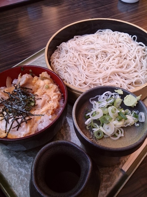 Oyakodon_set_meal