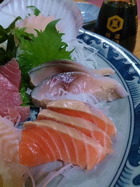 Assorted_sashimi01