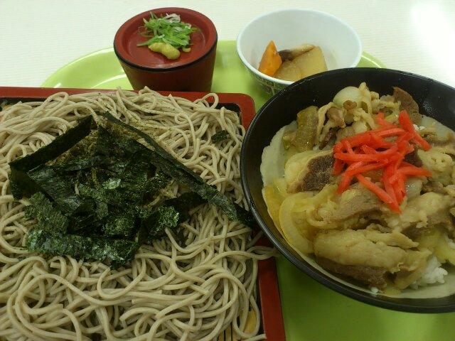 ひばりヶ丘食堂㌶㌫⑮日替わり定食