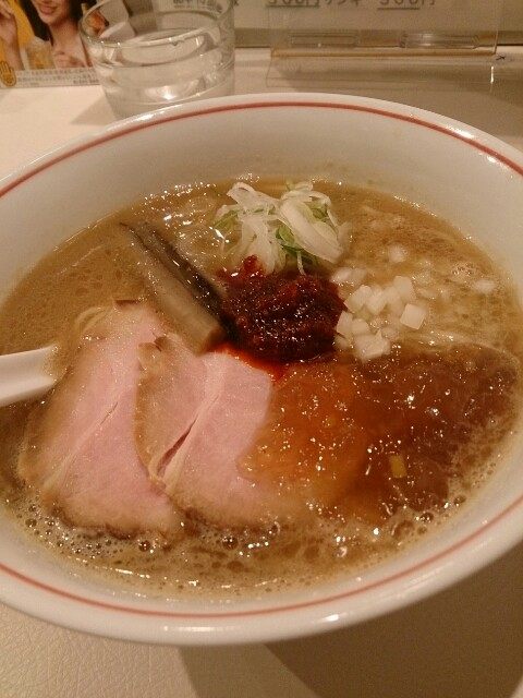 麺eiji 辛い魚介豚骨醤油