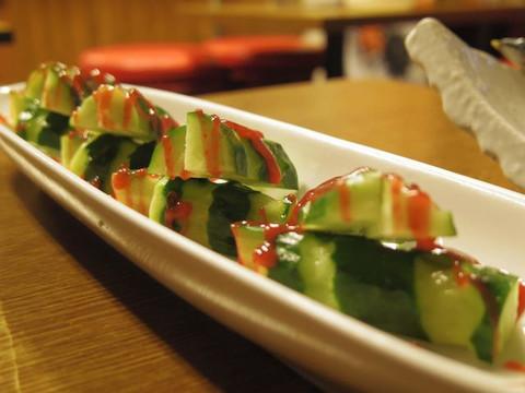 Plum_sauce_and_cucumber