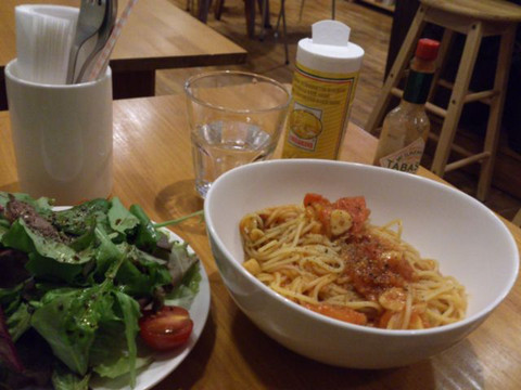 Pasta_and_salad