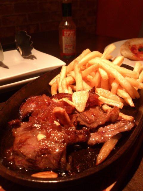 Cattle_falling_steak