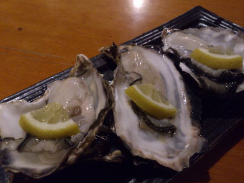Raw_oysters