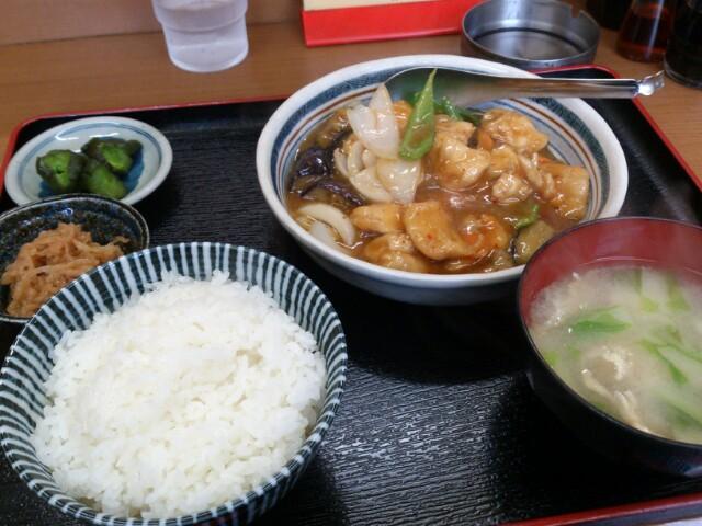 満天食堂③茄子と鶏肉の辛子炒め